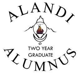 AlandiAlumnus-two-year-white.png
