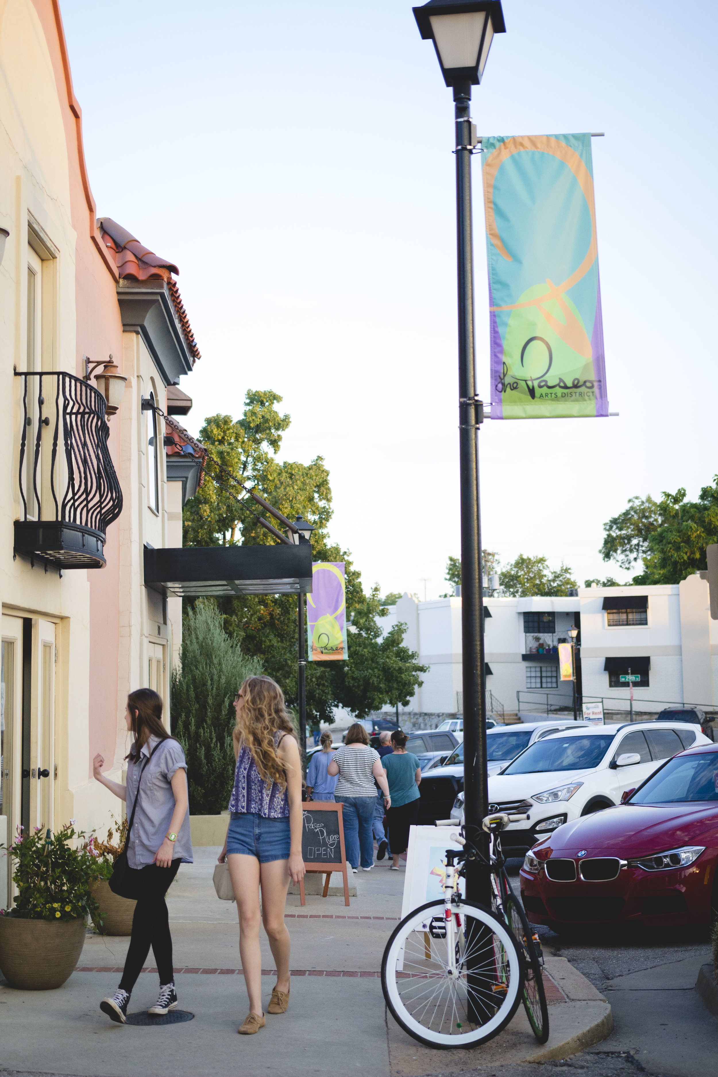 Paseo First Friday August 2016.JPG