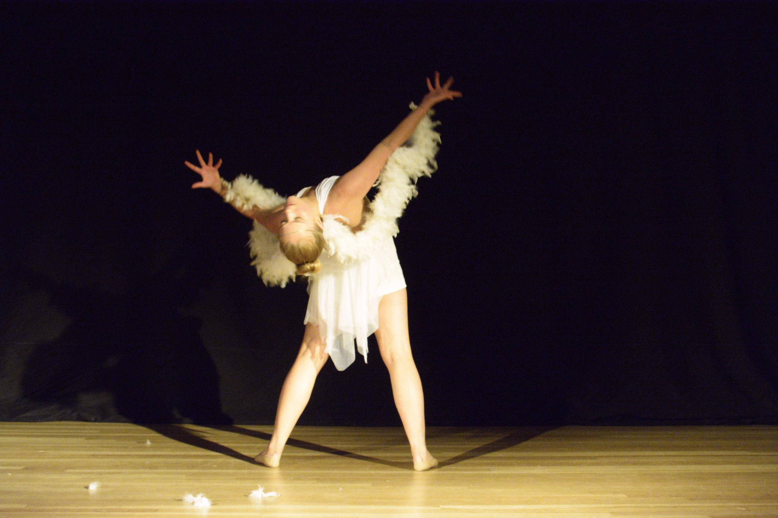 Choreographer:    Lily Grace Cummings / Flair Entertainment     Dancer:    Michelle Palatucci    Photo by Alexzandra Knapp