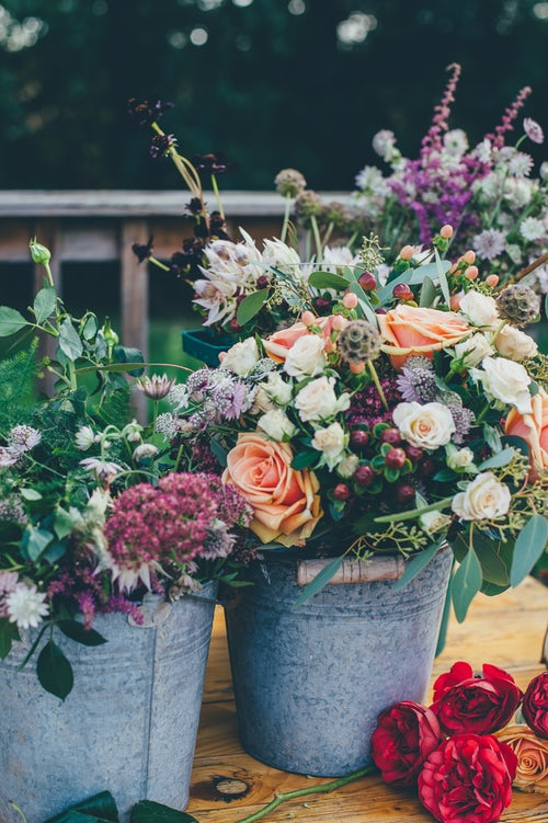 After that beautiful wedding is over and that awesome event was successful ….what will you do with your flowers, vases, and centerpieces? If you do not have anything to do with them, you're in the right place.  #SAVETHEFLOWER  will schedule a time to pick up items that you would like to donate.