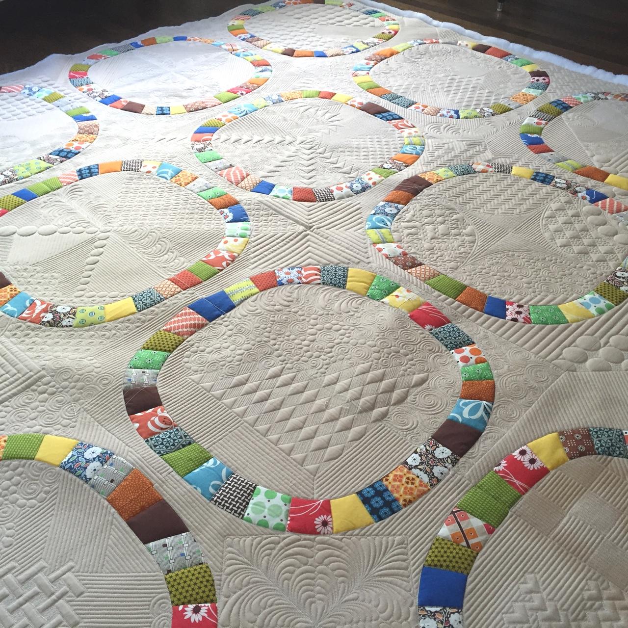International Quilt Festival - Houston, TX (2017) - The Big O pieced by Lisa Mason & quilted by Rachael DorrWon 1 Award: Teachers choiceImage: Detail The Big O