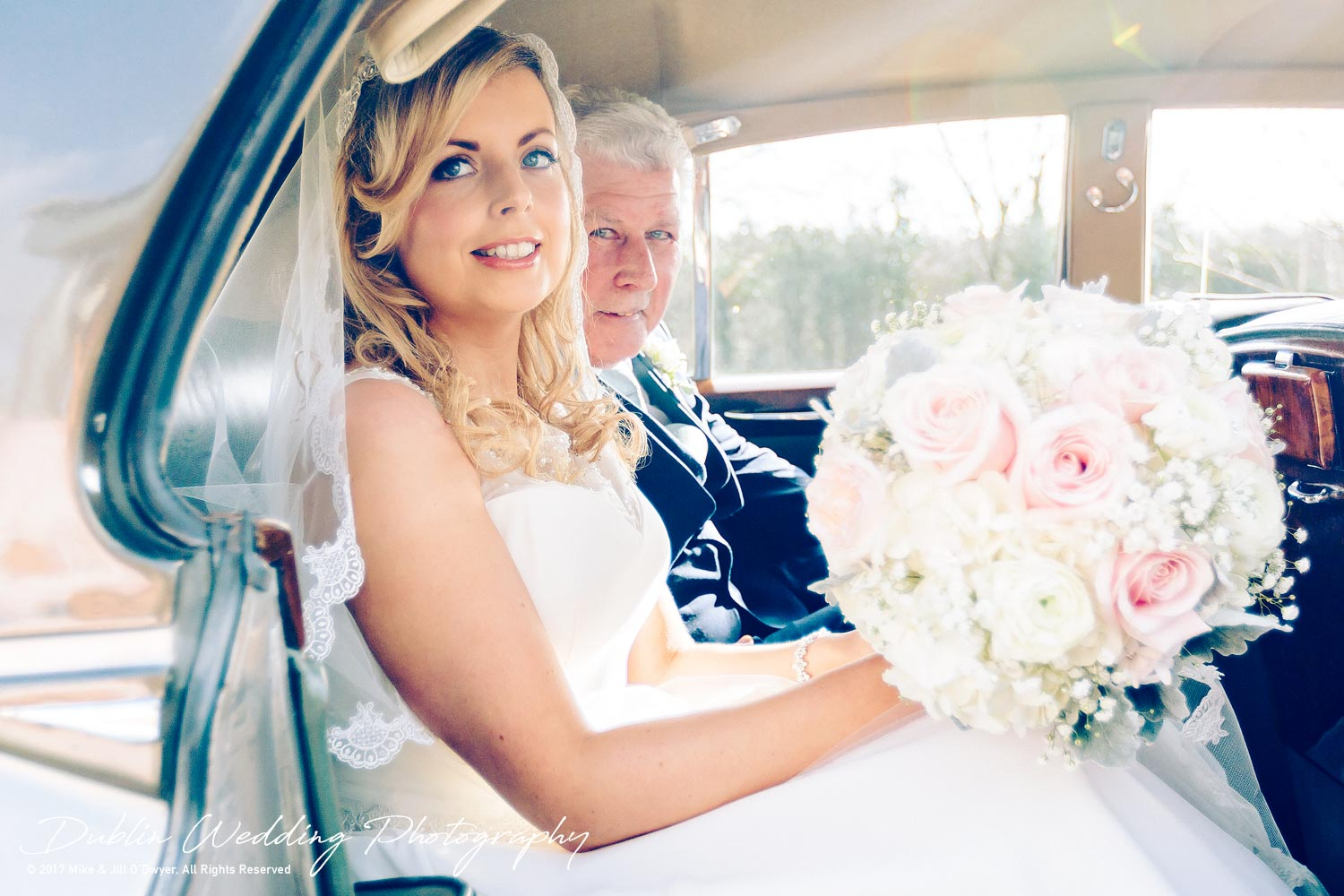 Clonabreany House Bride Arrives for ceremony