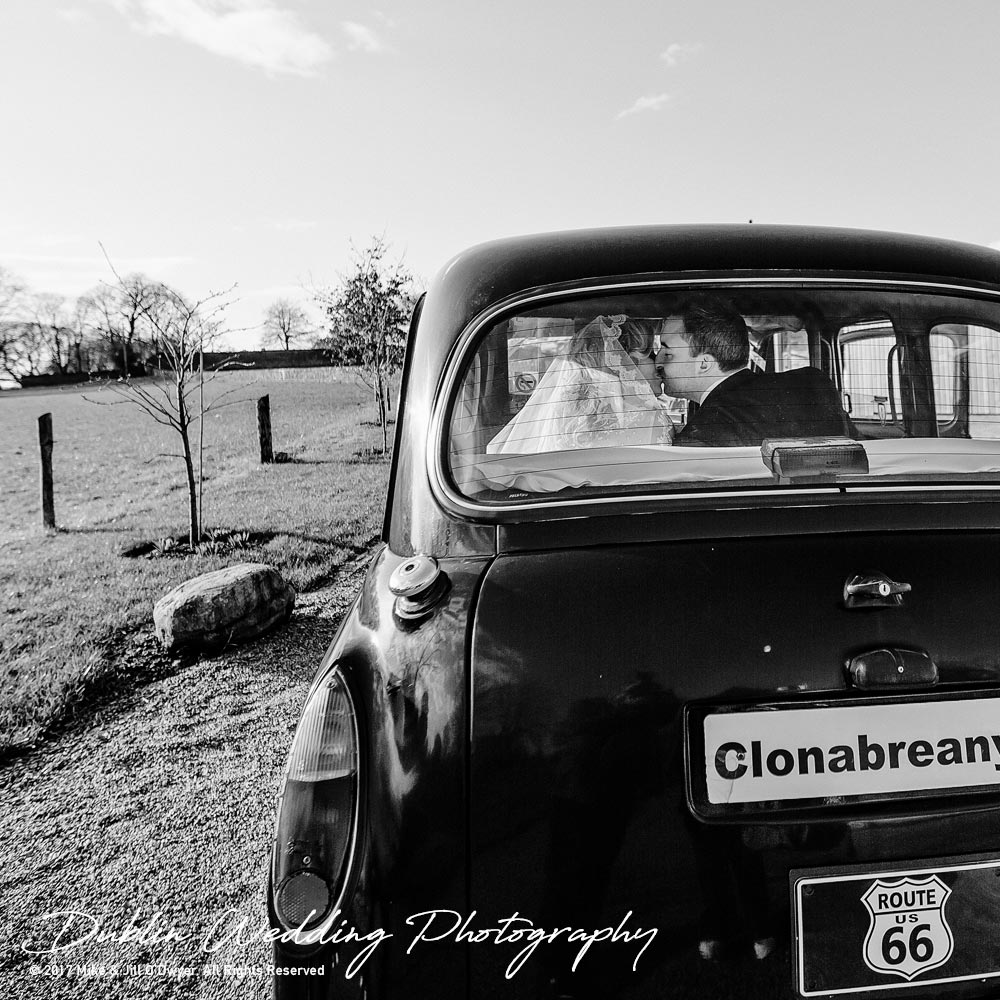 Clonabreany House Wedding taxi kiss