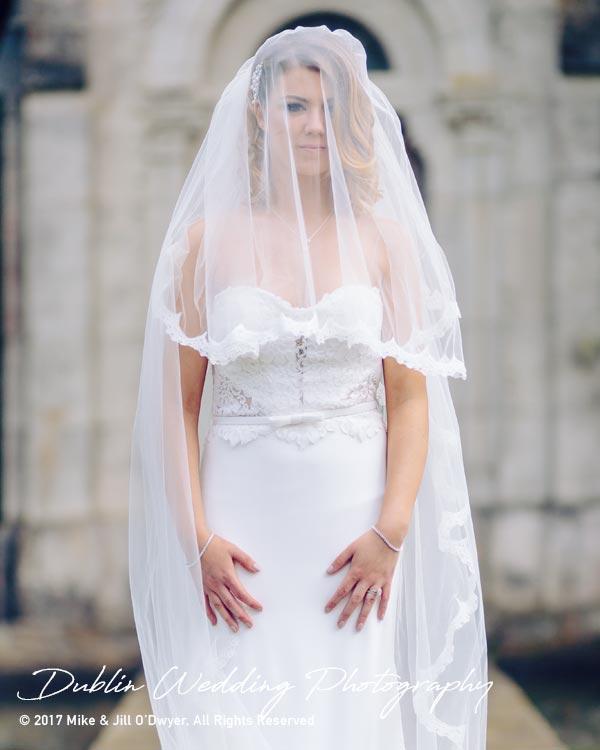 Cliff at Lyons Wedding Photographer Bride at lake
