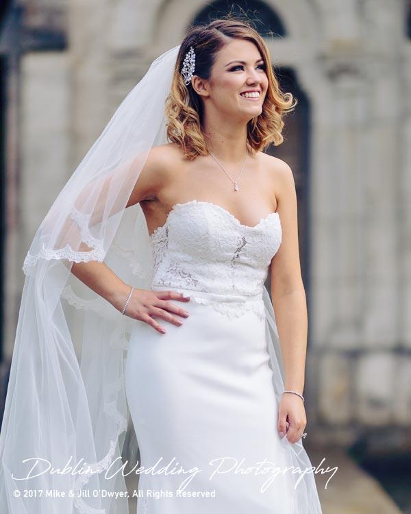 Cliff at Lyons Wedding Photographer Bride at lake 2