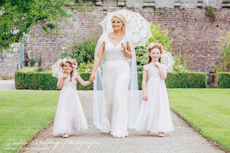 Wedding Photographer Ducketts Grove Bride and Flowergirls