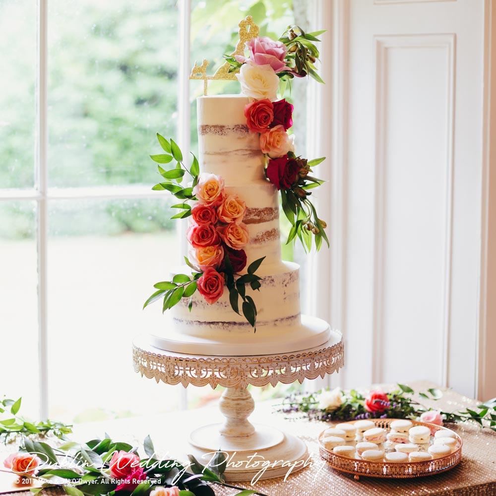 Wedding Photographers Trudder Lodge Wedding Cake