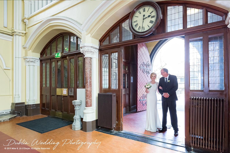 wedding-photographers-dublin-luttrellstown-castle-2016-06.jpg