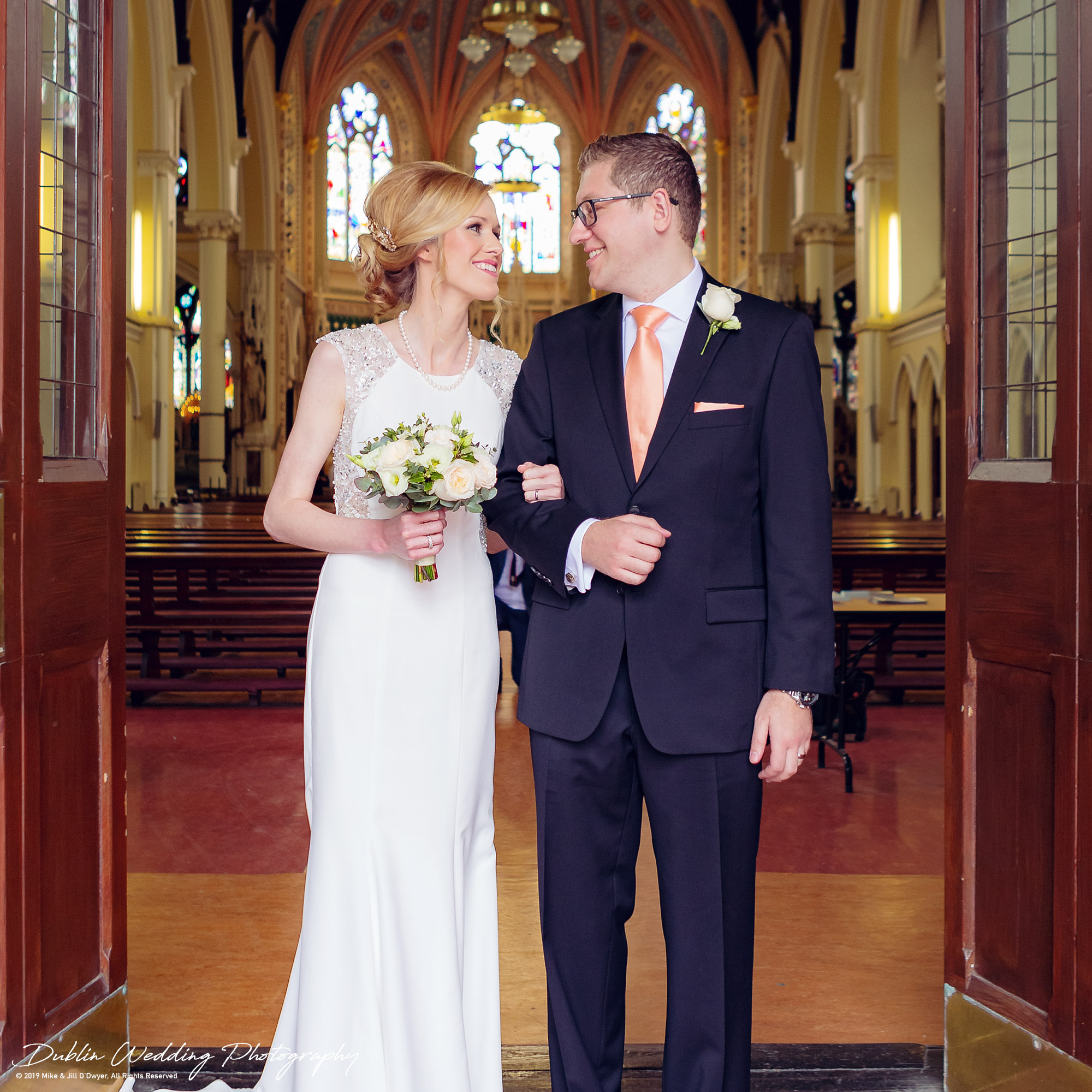 wedding-photographers-dublin-luttrellstown-castle-2016-15.jpg