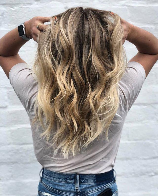 Is your hair summer ready? #hair by @thekindredbeauty ••• Book now at www.framedsalon.com ••• #getframed #wholebeingbeauty #losangeles #santamonica #hairsalon #hairstylist #haircolorist #haircutter #lahairsalon #santamonicasalon #blondebabe #highlights #summeready #mermaidhair #hairgoals