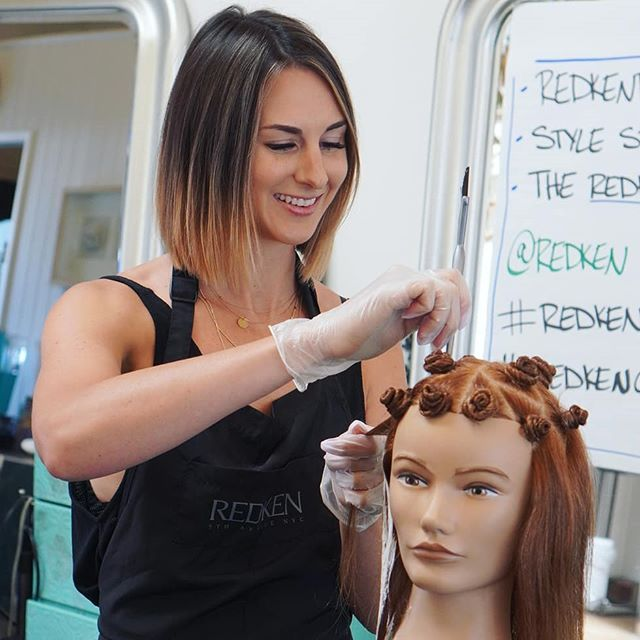 Framed is lucky to have multiple In salon educators like @thekindredbeauty , who share their knowledge and keep us in the loop with new technology and trends. ••• Visit www.framedsalon.com to book an appointment •••• #GETFRAMED #salonteam #saloneducation #beautyrituals #santamonicasalon #losangelessalon #lahair #beautytreatments #wholebeingbeauty
