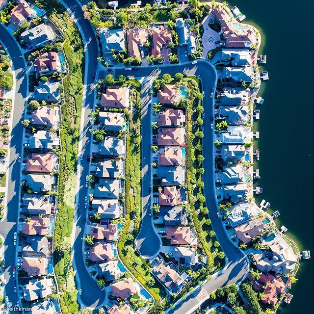Orange County suburbia 🍊
