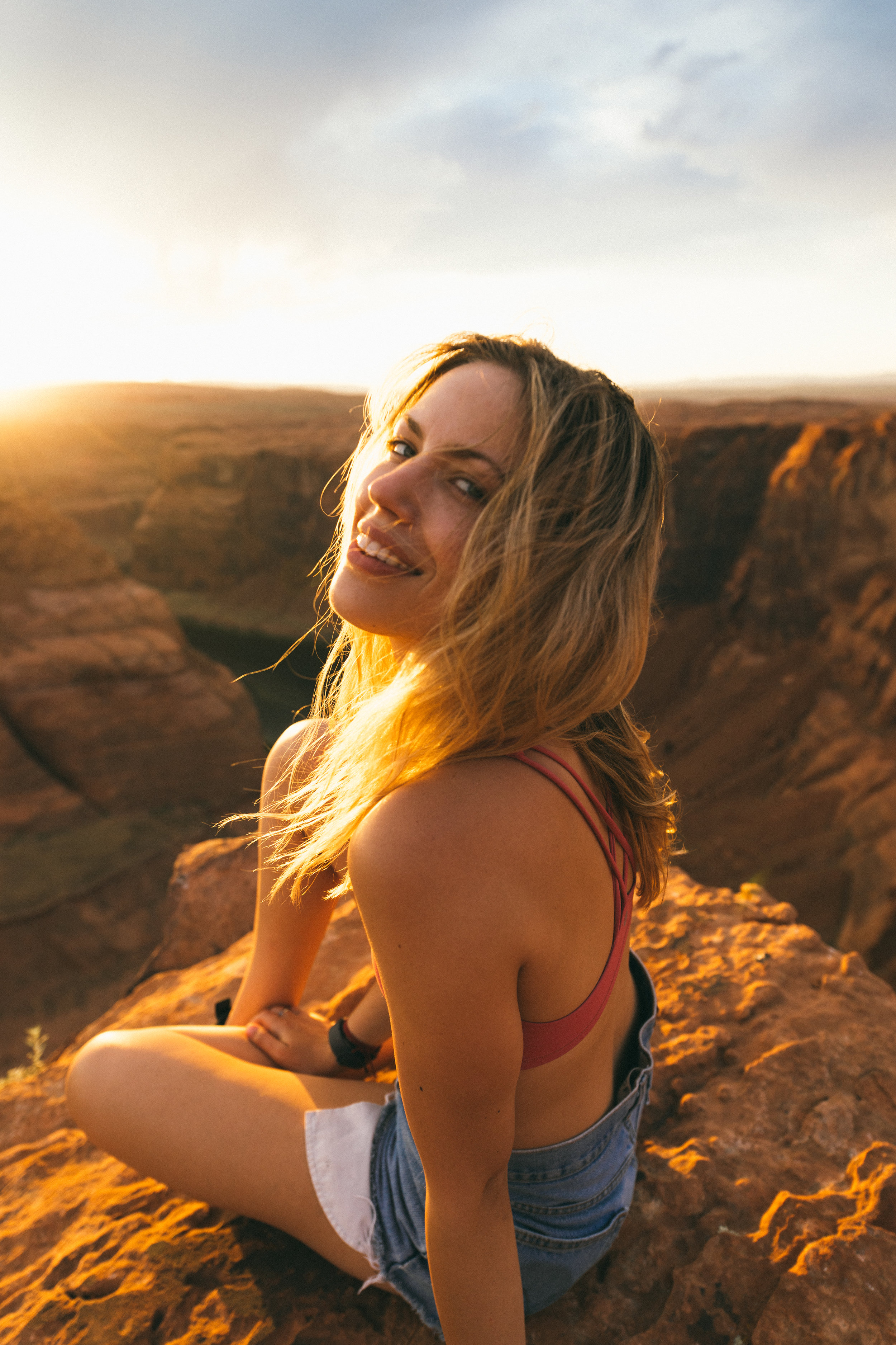 Sunset at Horseshoe Bend, photo by Tanner Yeager; in Frame Danielle Moulin