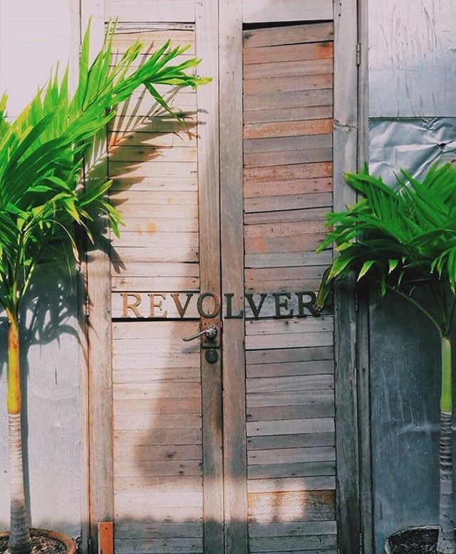 REVS LOVERS - our doors are closed tomorrow to celebrate our beautiful Bali's sacred day of NYEPI 🙏🏻❤️ Sunday pop in anytime from 10am - 11pm ☕️👌🏼Monday we're back to serving you goodness from 7am SHARP 💥💥