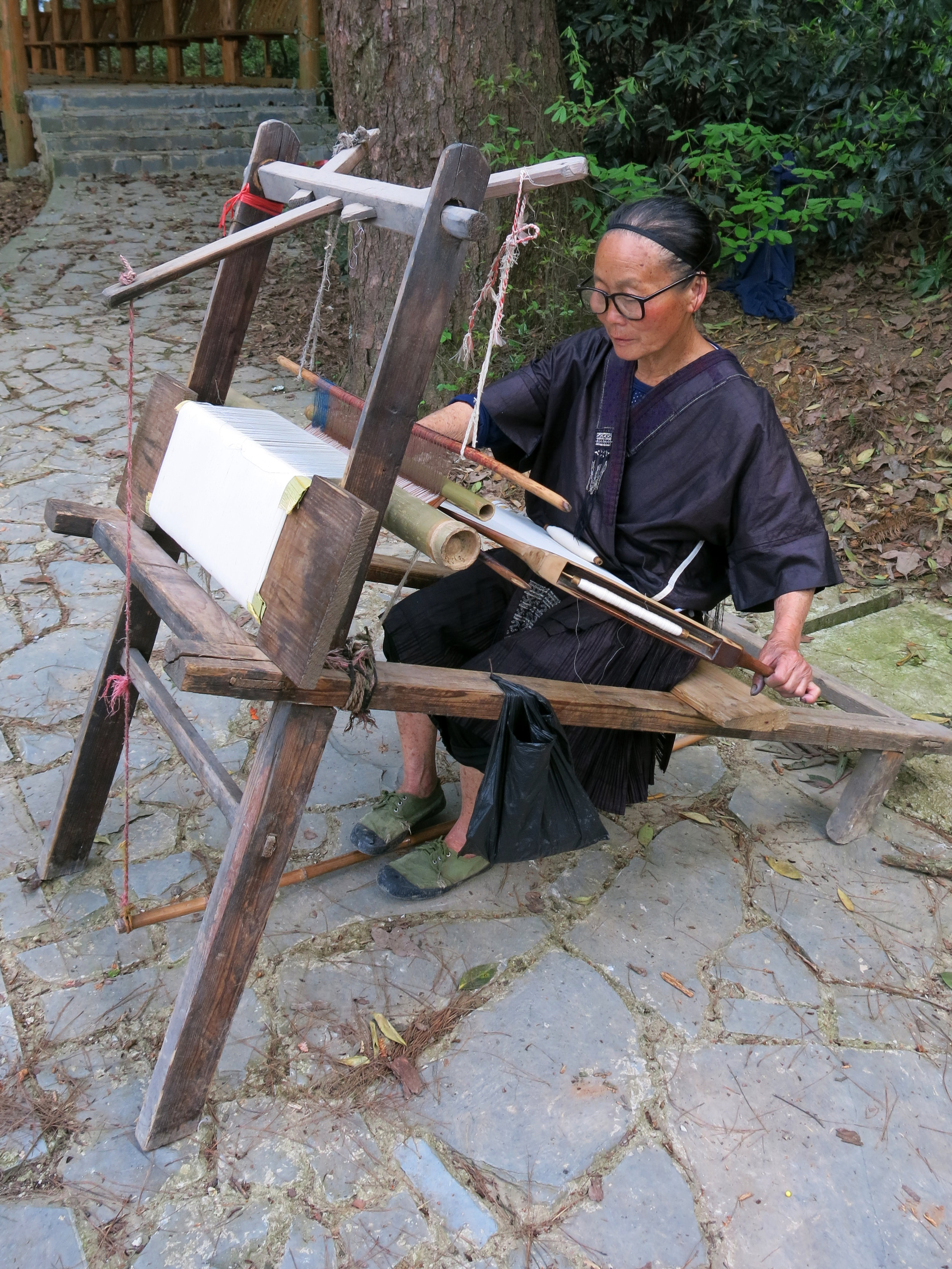 miao-tin-gimp-embroidery-in-zhanliu-china25