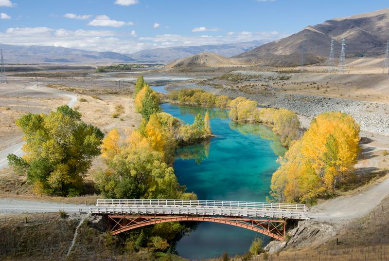 River Ohau and Autumn Gold, New Zealand