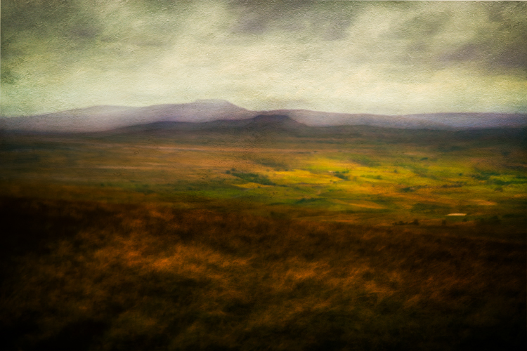 Ingleborough from Pen-y-ghent by Steve Oxley