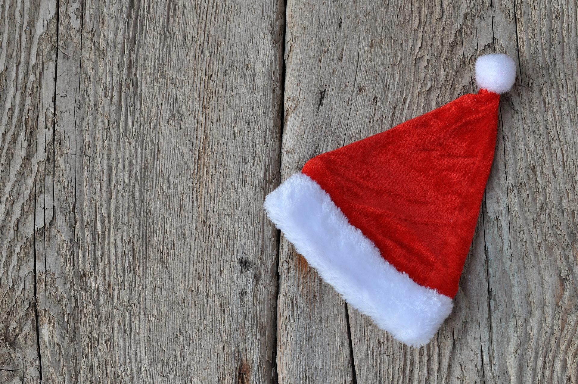 santa-hat-538810_1920.jpg