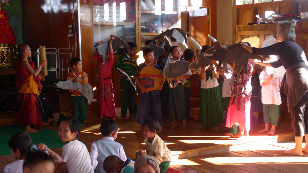 page5-3.childrens-workshop-Shan-State-Myanmar-2.jpg