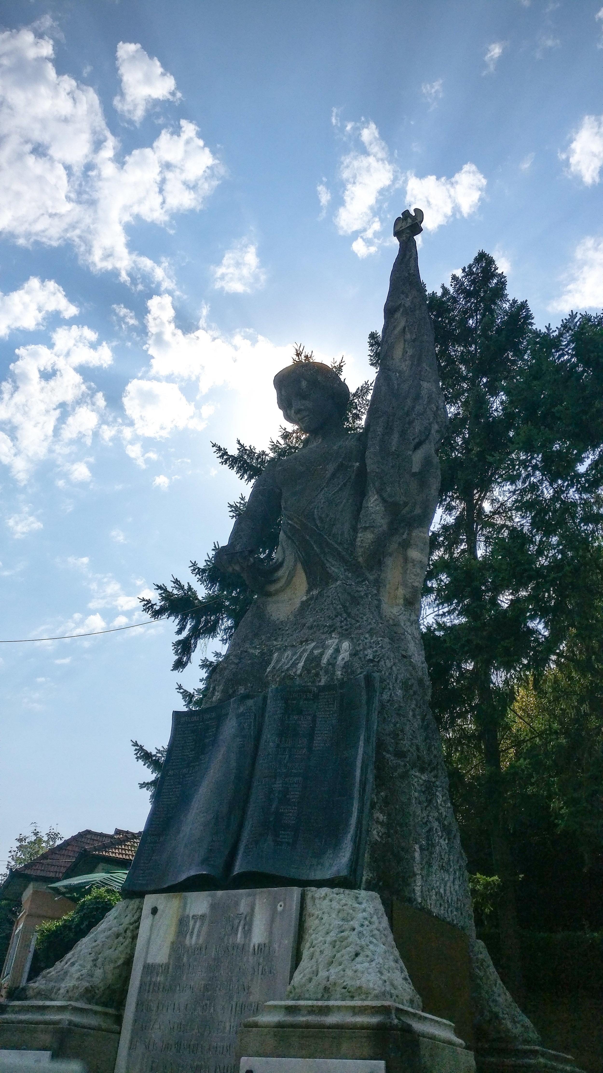 Statuia Independenței din Rm. Vâlcea