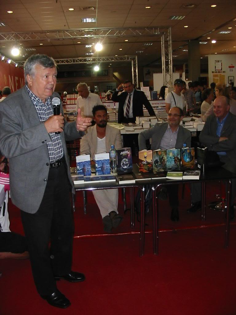 event-bookfest-13.JPG