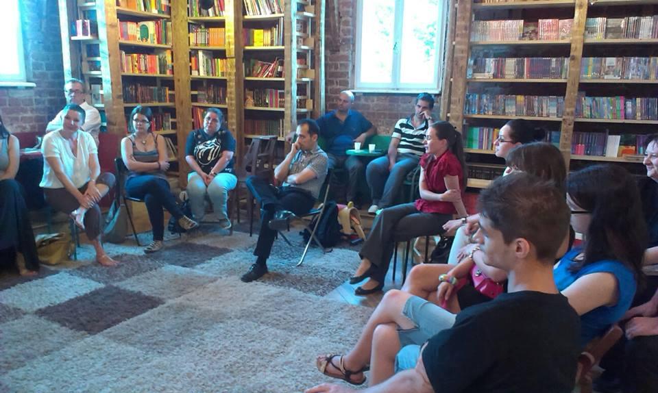 event-club-lectura-nemira-5.jpg