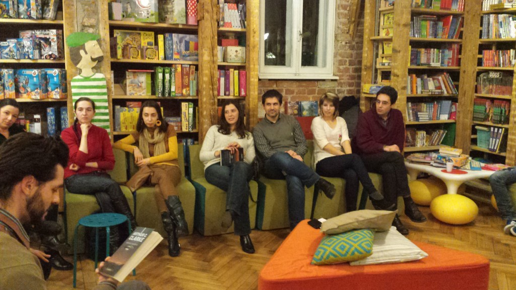 event-club-lectura-nemira-10.jpg
