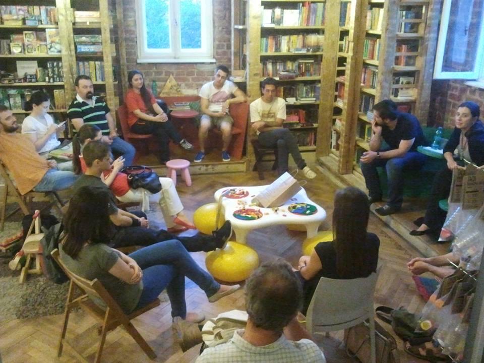 event-club-lectura-nemira-16.jpg