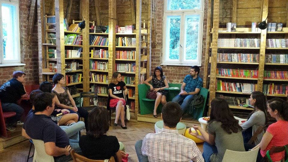 event-club-lectura-nemira-18.jpg