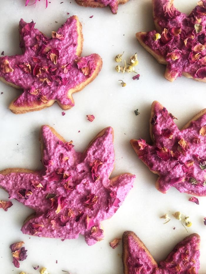 hibiscus-rose-cookies.jpg