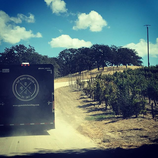 Taking the back roads to fall bottling season...#mobilebottling #mobilewinebottling #pasorobleswine