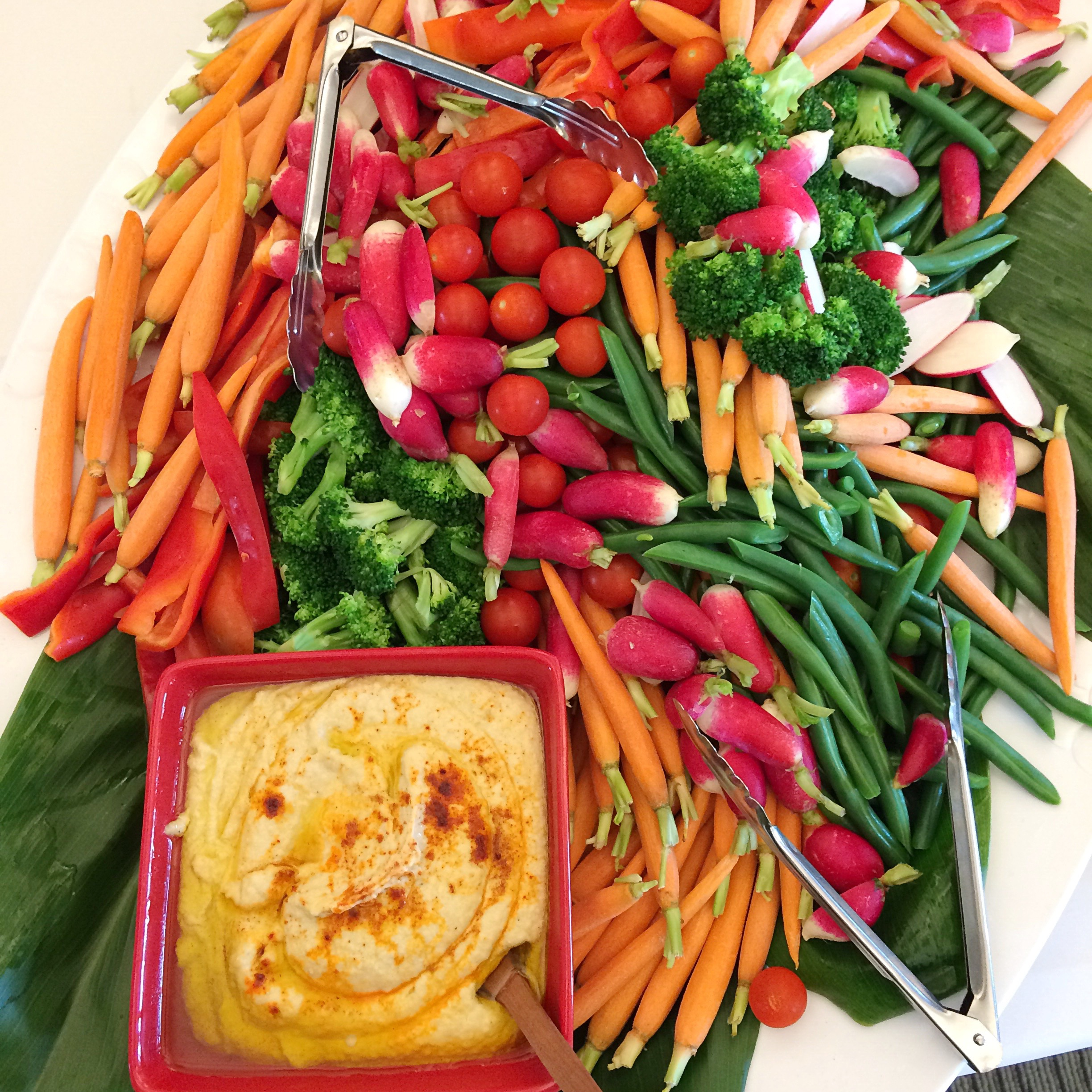 Vegetables with Hummus