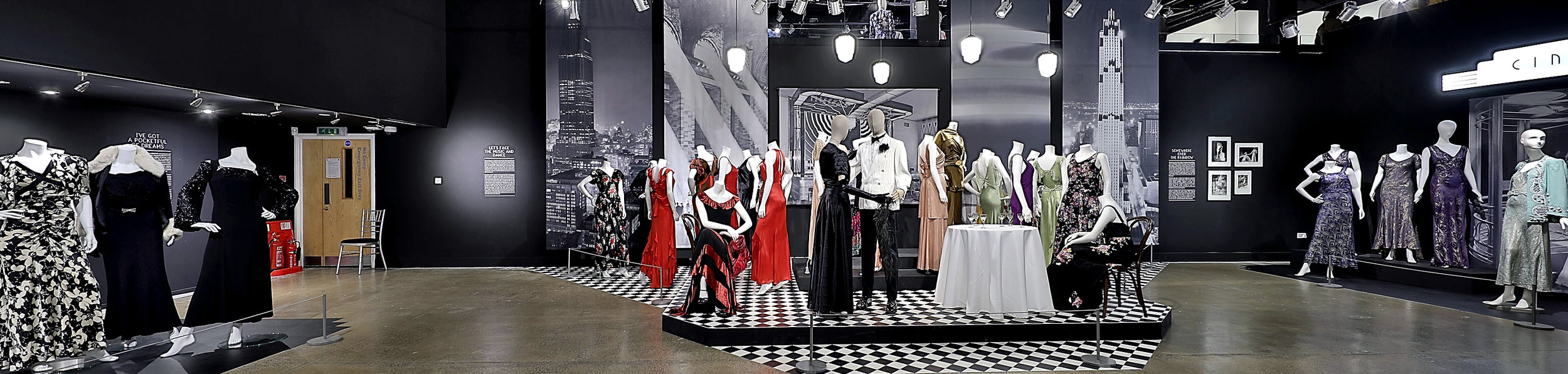 Staged nightclub in the section 'Let's Face the Music and Dance!'. Image courtesy of Fashion and Textile Museum.