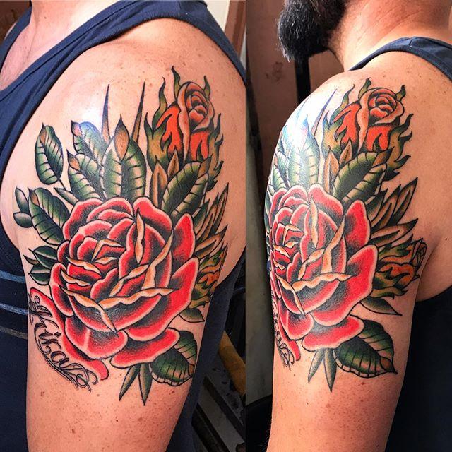 Color session done (lines and black are healed) Thanks Matt! #armtattoos #rosetattoos #805ink #santabarbara #california #vantigerstyle #tattooerlife