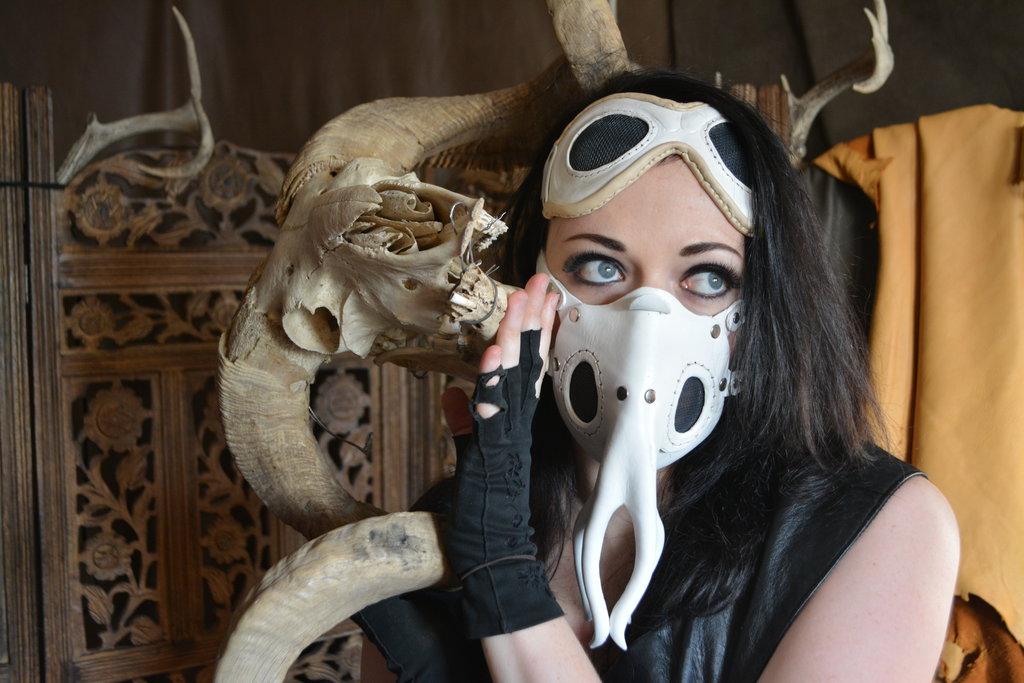 Parasite Mask & Goggles