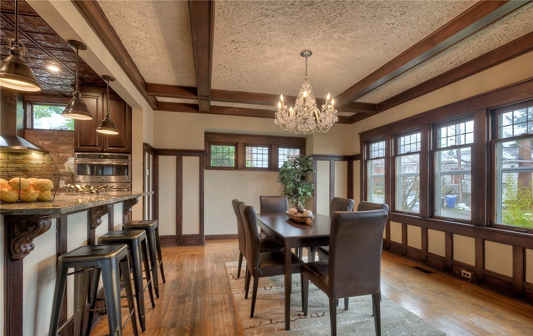 The Reveal: A Dining Room in a Roosevelt Craftsman Before Its Transformed