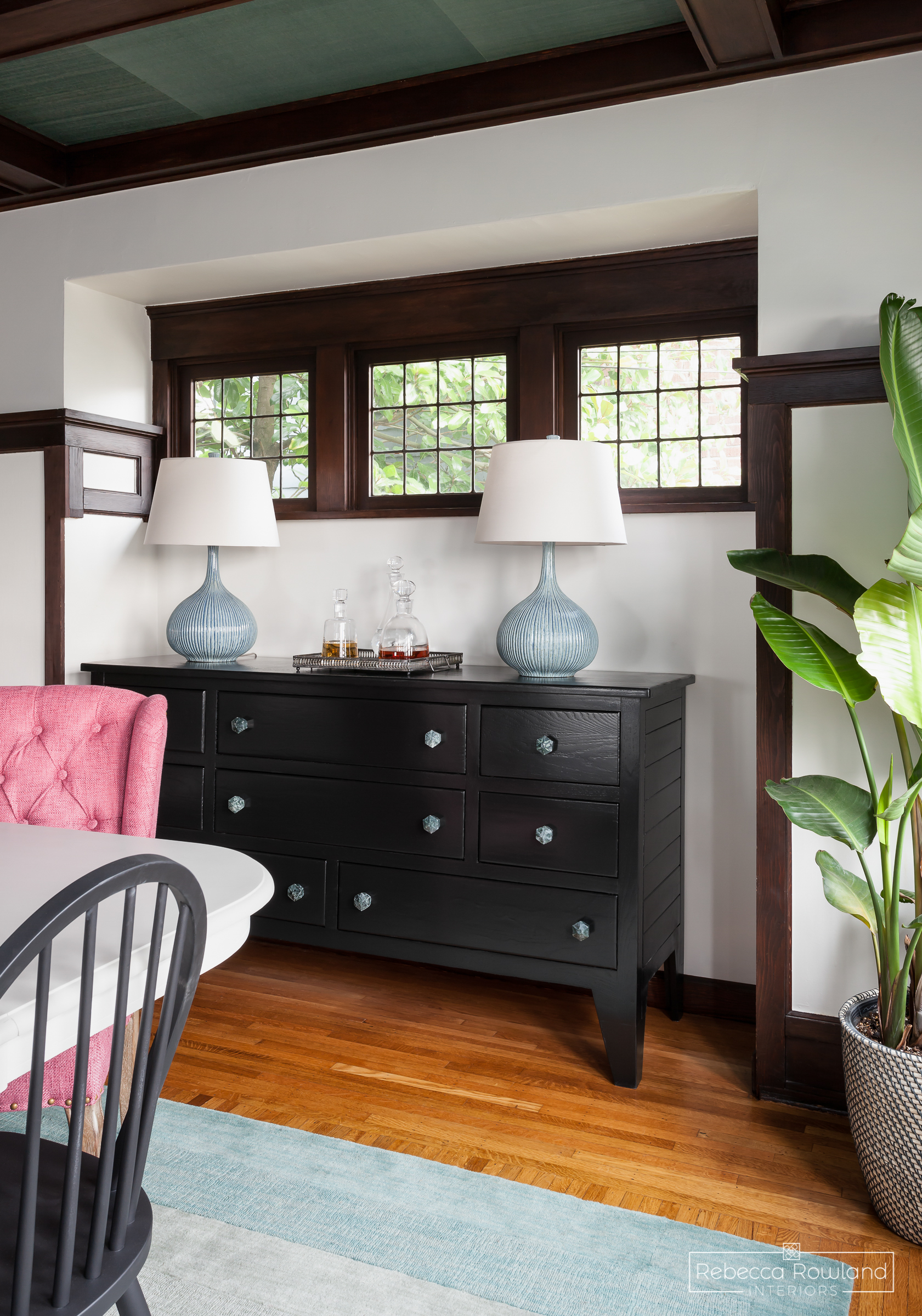 The Reveal: A Dining Room Gets an Updated Sideboard. Design: Rebecca Rowland Interiors. Photograph: Julie Mannell