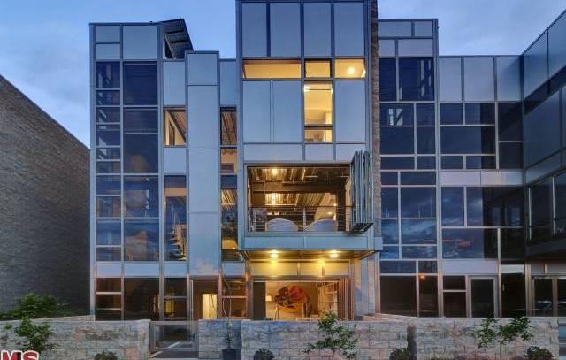 ATX Lofts, Kazaz LaneBuilding 21Los Angeles, CA 90039+1.323.664.8700 studio -