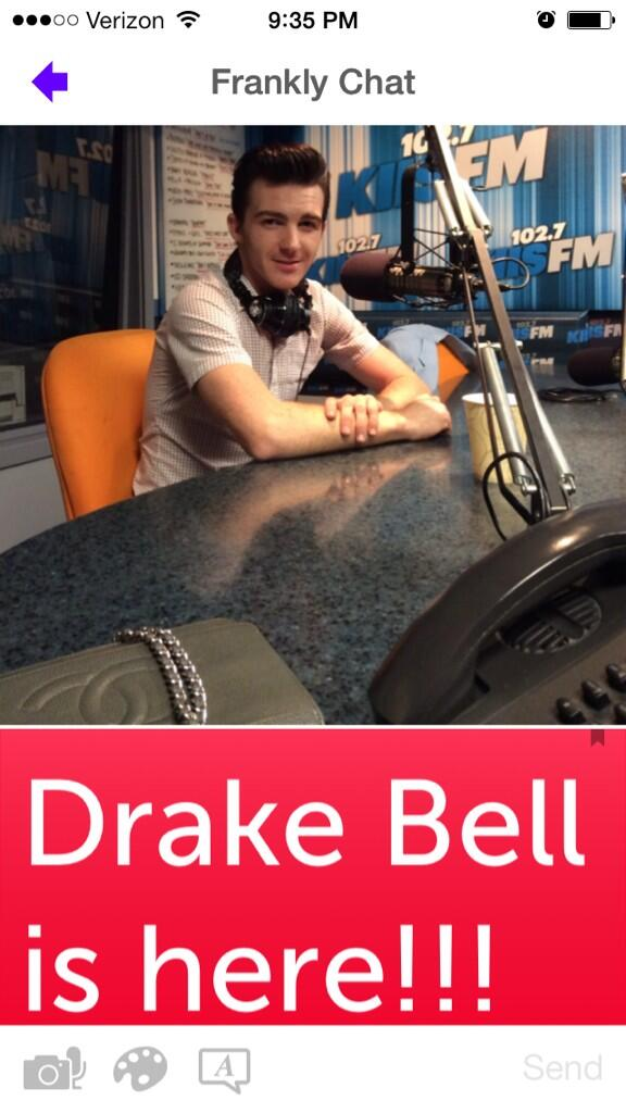 live-chat-drake-bell.jpg