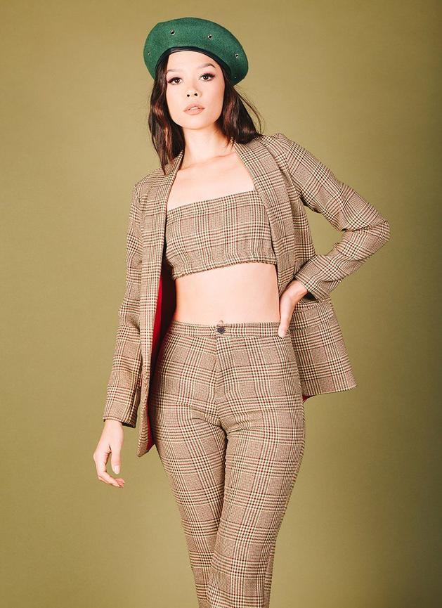 valfre-apparel-set-working-gal-beige-829x1140-7_629x.jpg