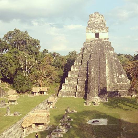 latin-atlas-latina-travel-blogger-2.png