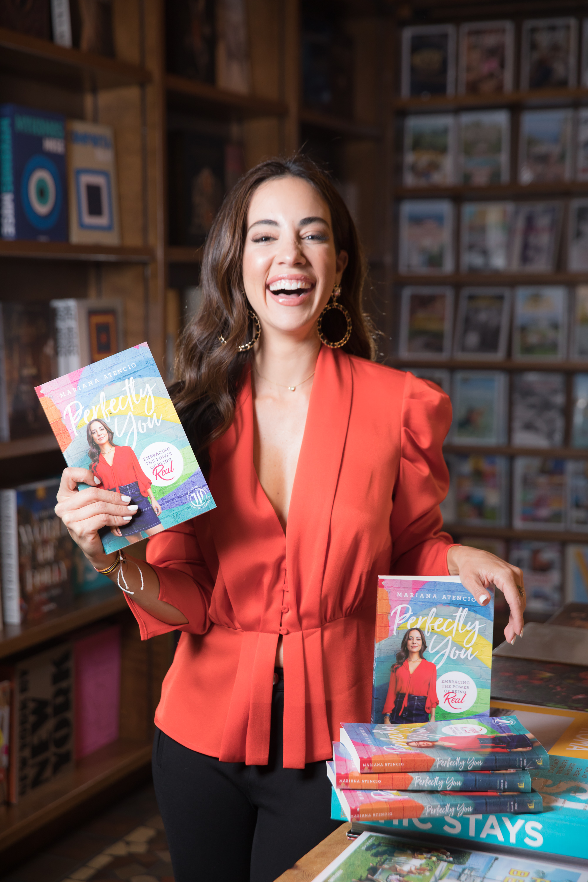 Latina MSNBC and NBC News correspondent, Peabody award winner, and now author, Mariana Atencio and her new book,  Perfectly You .