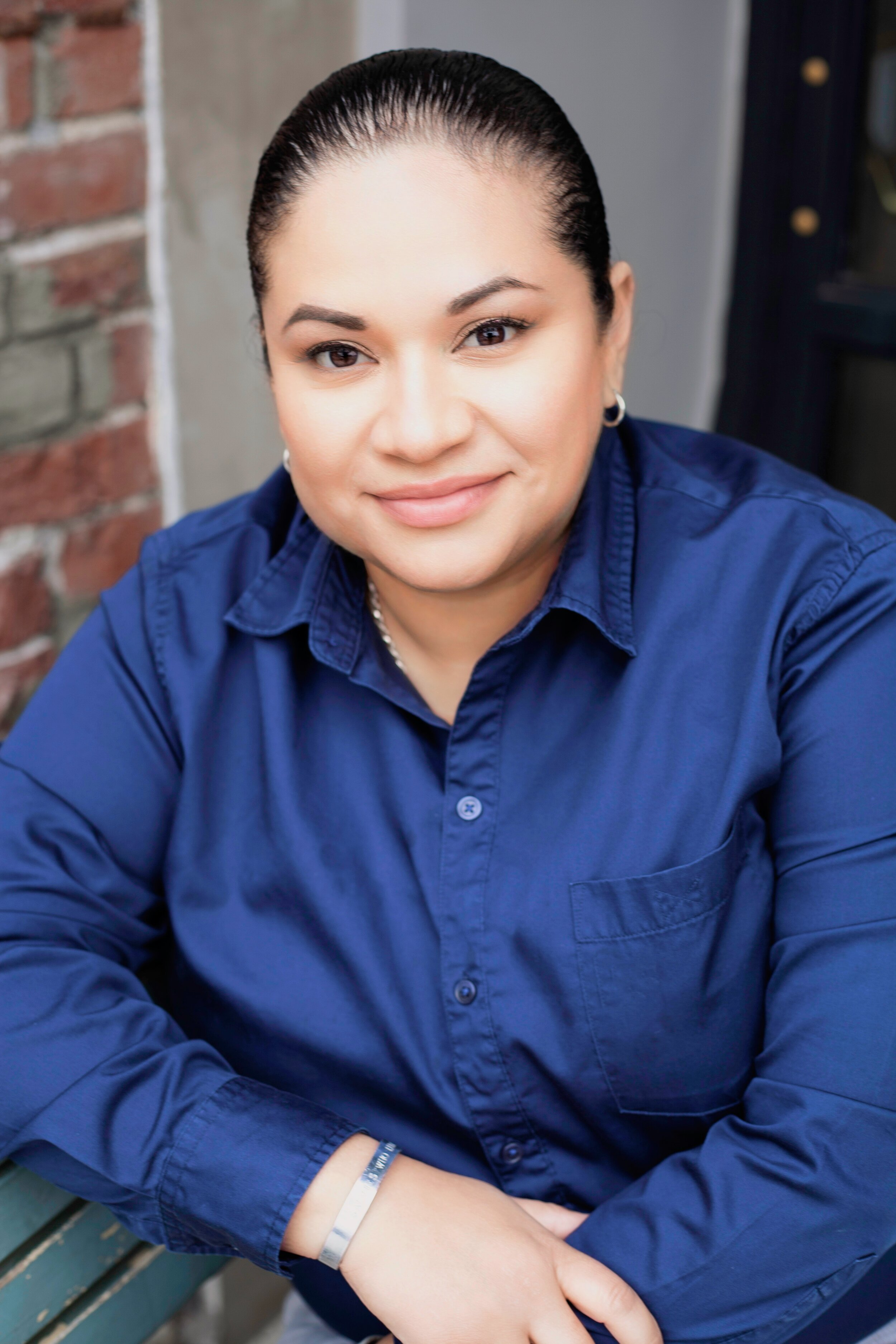 Cynthia Gonzalez founded Salvies Who Lunch to empower the Salvadoran community by highlighting positive role models while enjoying pupusas y chambres!