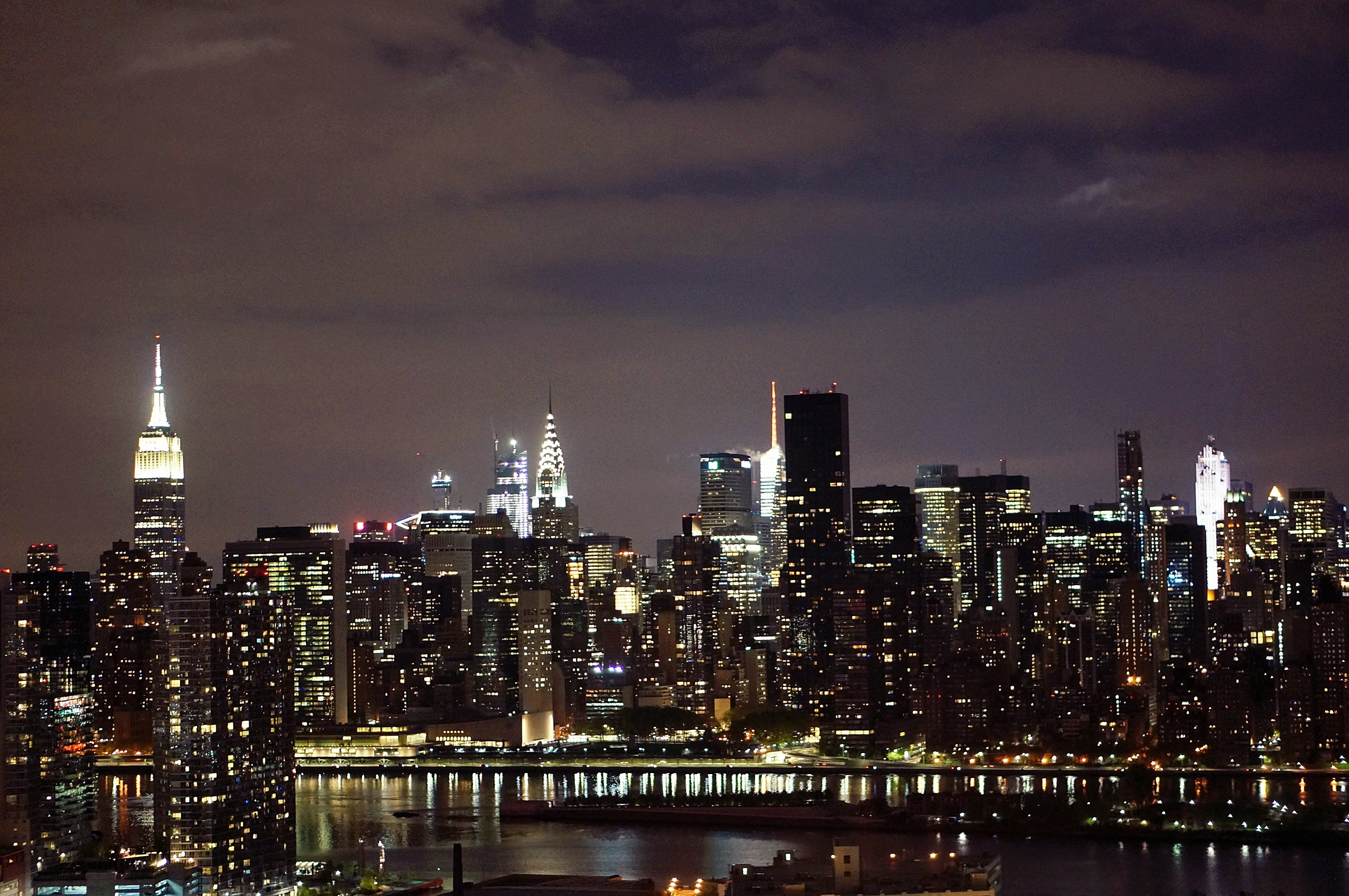 One of the city skyline photos I took from my friend's rooftop.