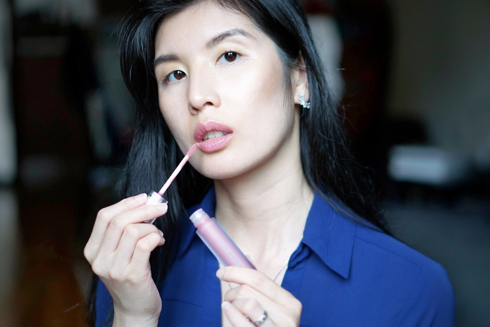 I am NOT a lipgloss kinda gal but this Lip Serum has me thinking otherwise!