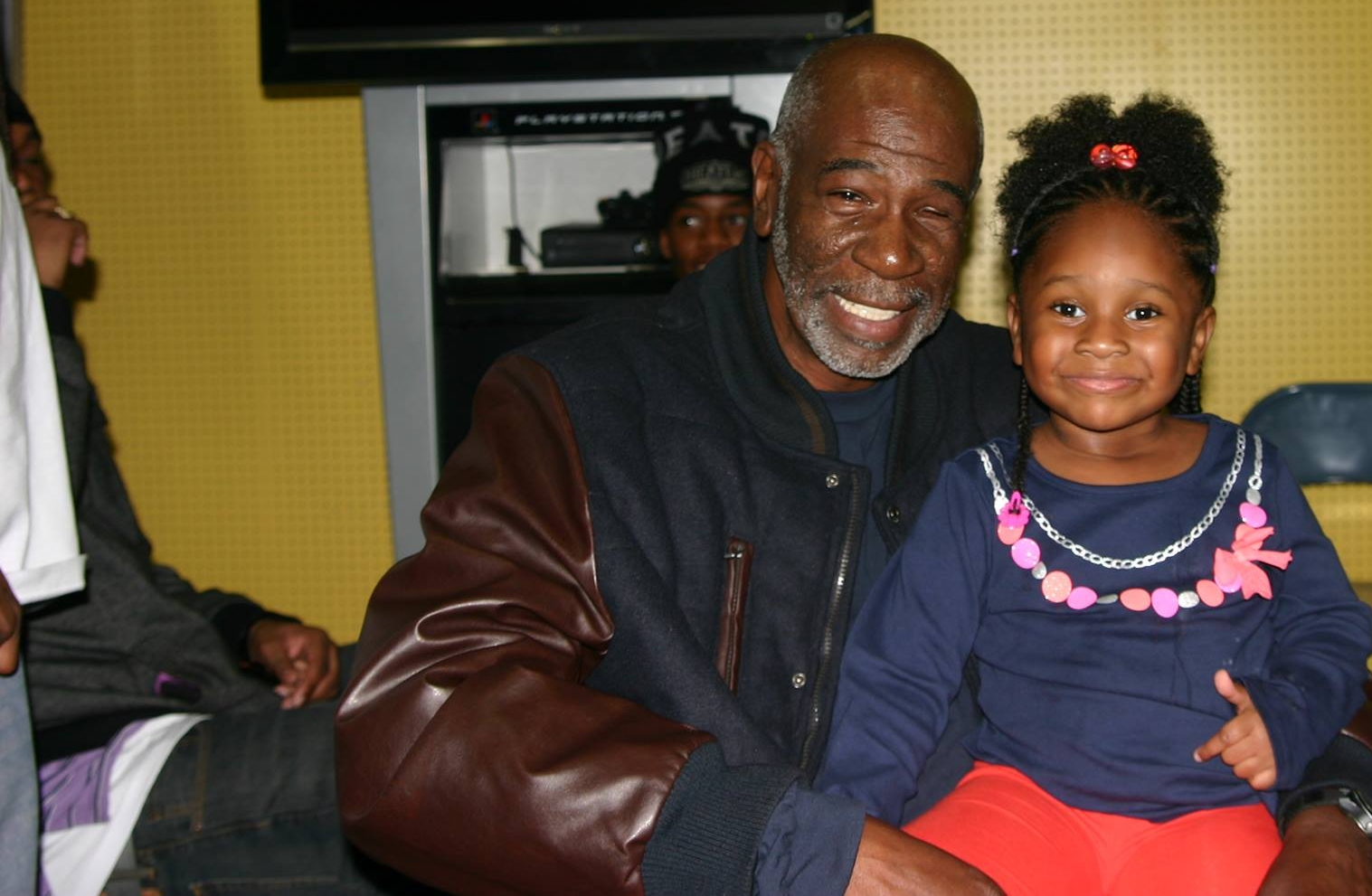 Jerry with his granddaughter, Alani at her birthday party in 2014.