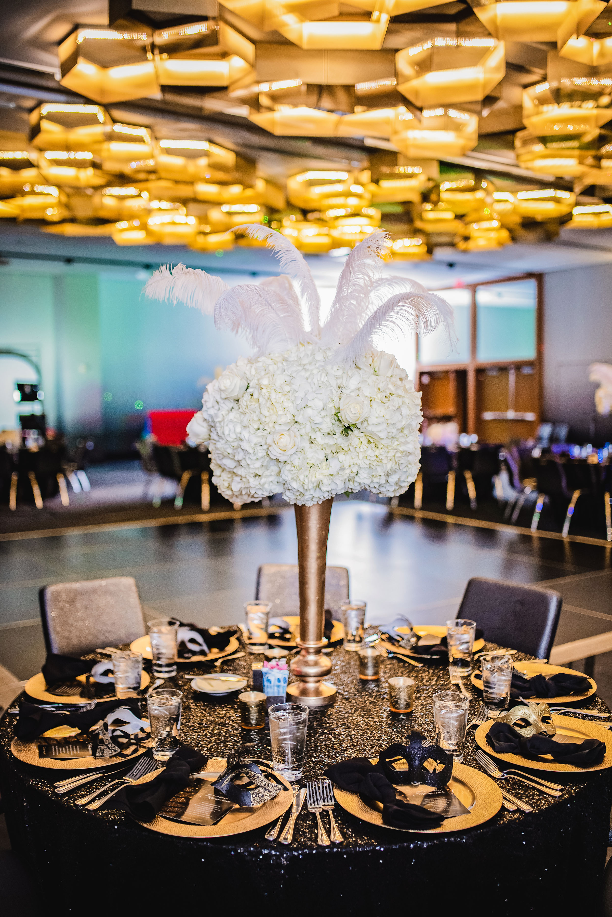 corporate-holiday-party-wedding-dallas-wedding-planner-swank-soiree-lavishlylux-photogrpahy.JPG