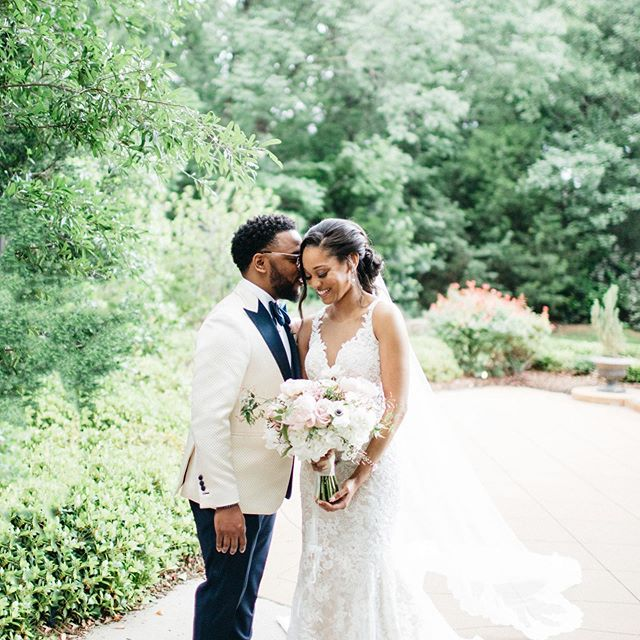 """Have I told you lately that I love you?"" Get you one that makes you blush! 📸 @ellerman_studio 💐 @hautefloral  HMU @jamiedionne  #ashtongardens  #weddingdetails  #dallasweddingplanner  #dentonwedding  #bridesofnorthtexas  #blackbride1998  #brideandgroom  #swanksoiree  #dallaswedding  #dallasbride  #happilyeverafter"