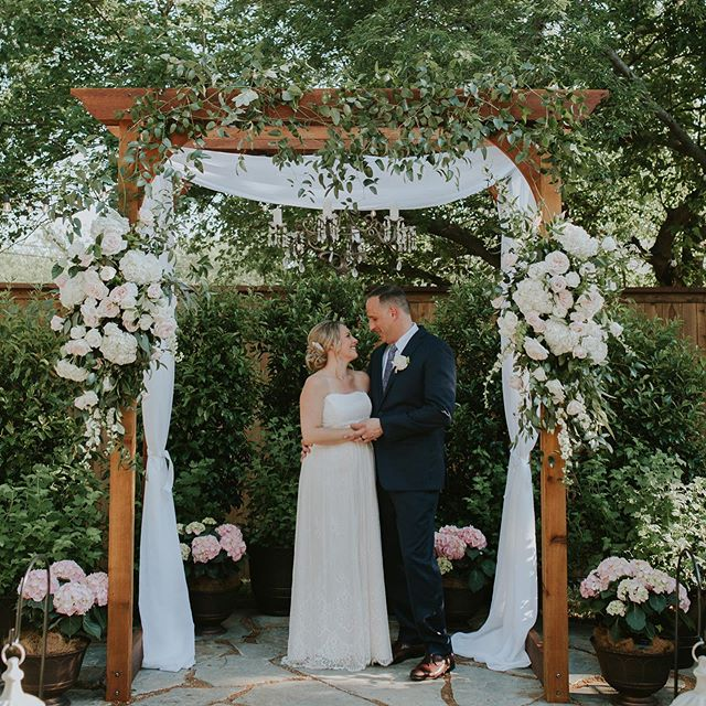 This couple was the Sweetest! Reminding us all second chances at real love exist!  Photo: @jasandmike.co  Venue: @victoriantowerhouse  MUA: @lipservicemakeup  Floral: @uniquecreationsbyamalia7  Planner @swanksoiree  #dallaswedding  #secondmarriage  #dallasweddingplanner  #fortworthweddingplanner  #outdoorceremony