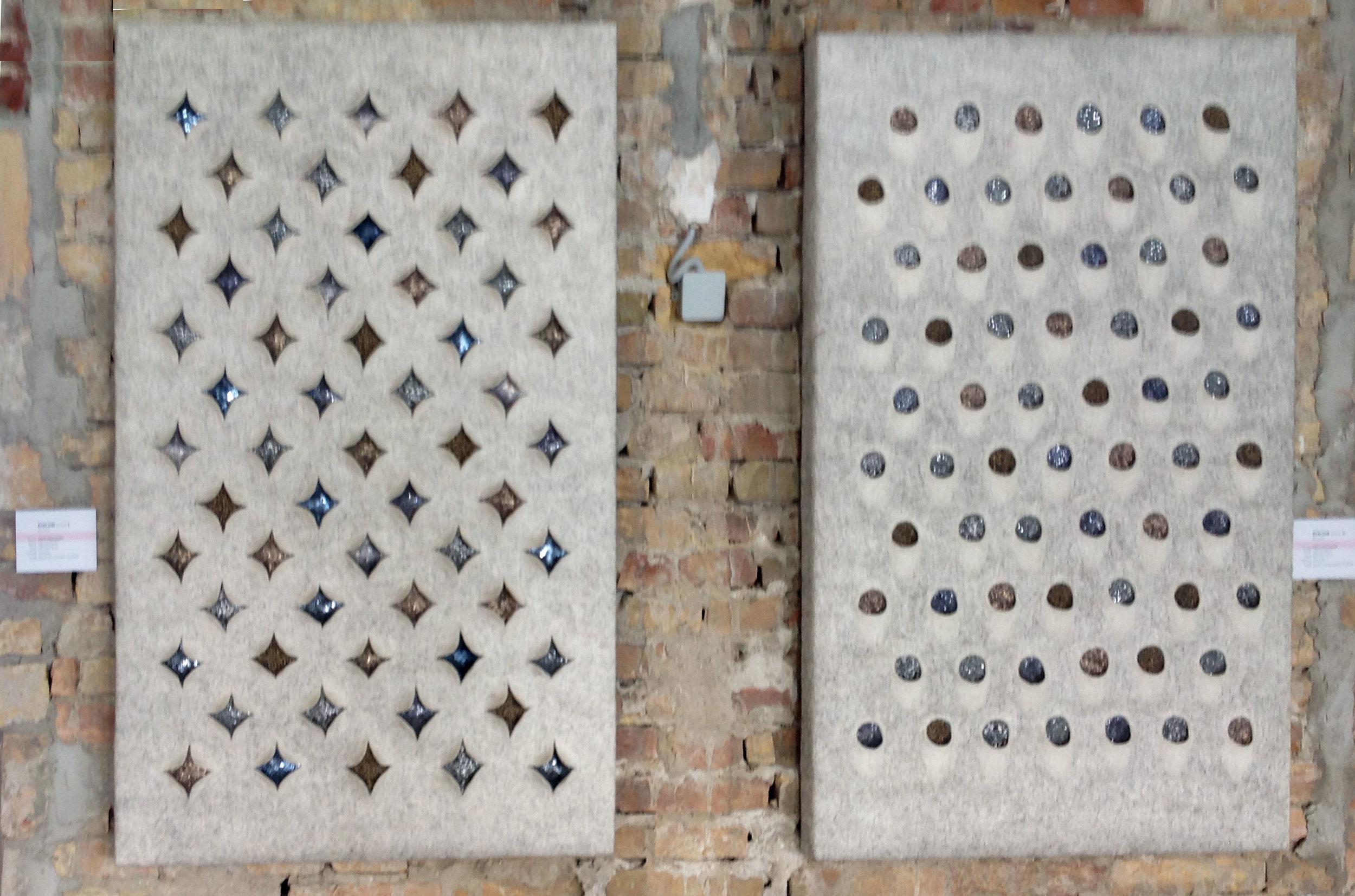 GYALUIM sorozat  - Tervező: Tóth-Pócs JuditGyártó: Saját kivitelezésMéret: 140 cm x 90 cm x 10 cmTechnika: NemezeltAnyaghasználat: Különféle gyapjak, hernyóselyemszál, fémflitterTermékismertető: A nemez számos tulajdonságának egyike, hogy elnyeli a fényt, míg a fémflitterek, fémes anyagok visszaverik azt. Ezt a két hatást ötvözve szerettem volna egy fény-árny játékot megjeleníteni a Gyaluim sorozatnál, melyet a mindenki konyhájában fellelhető négyoldalú reszelő ihletett.
